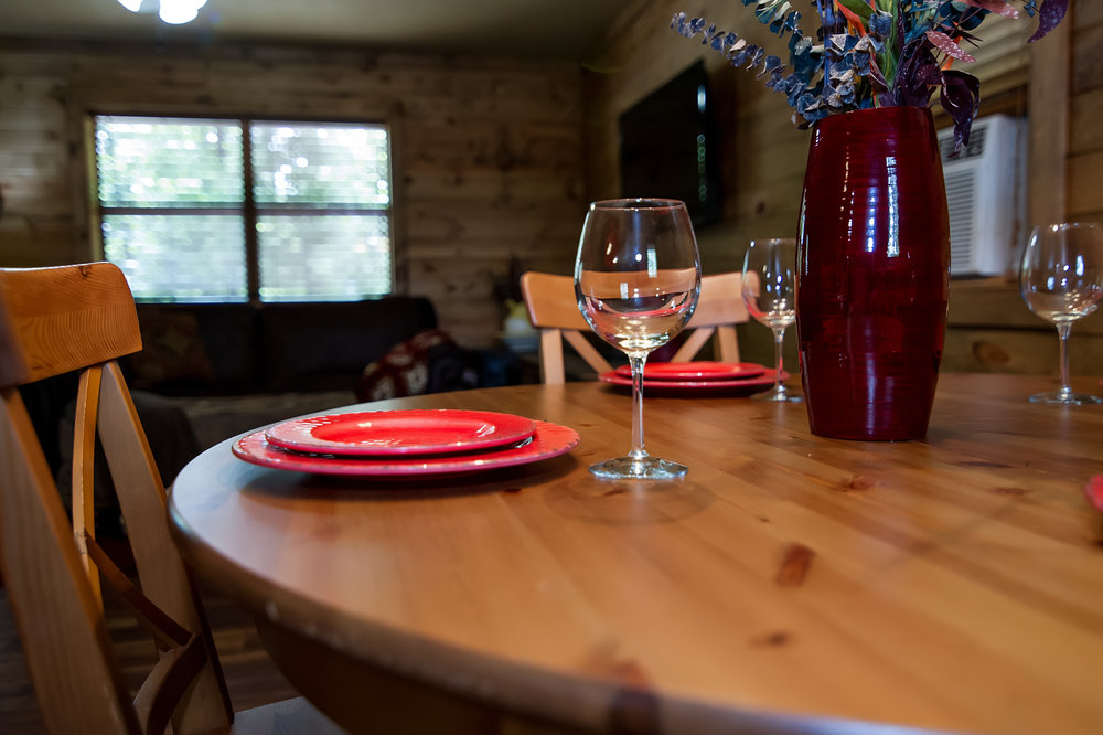 PC Dining place setting close ujp.jpg