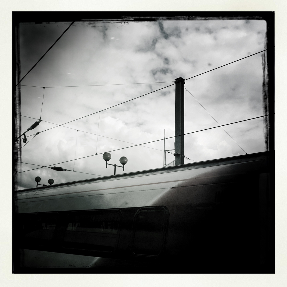 018_DerekClarkPhoto-Paris_iPhone.jpg