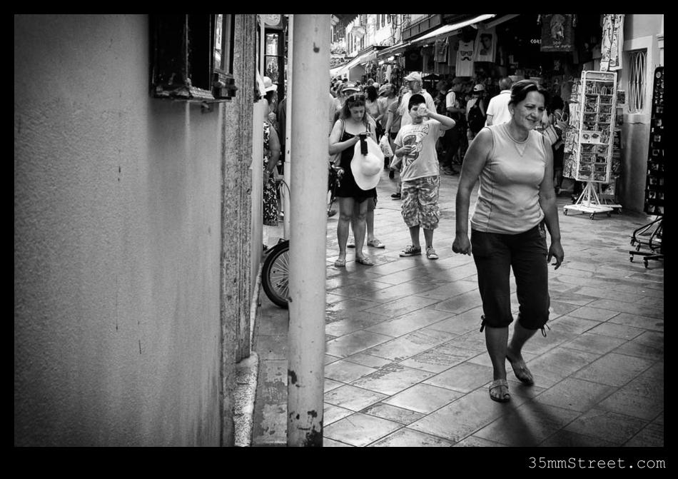35mmStreet.com.DSCF0549-Edit