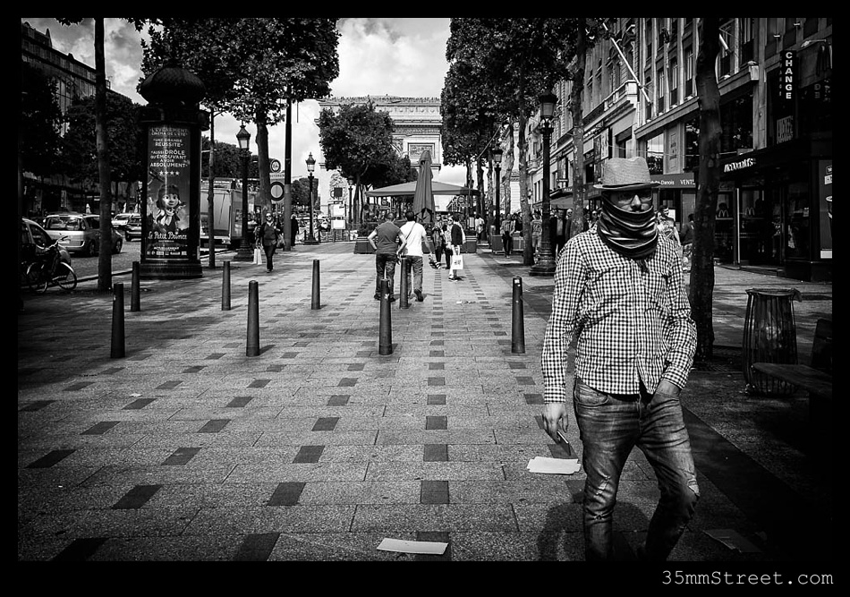 Paris_Street_Photography_35mmStreet.com-13.jpg