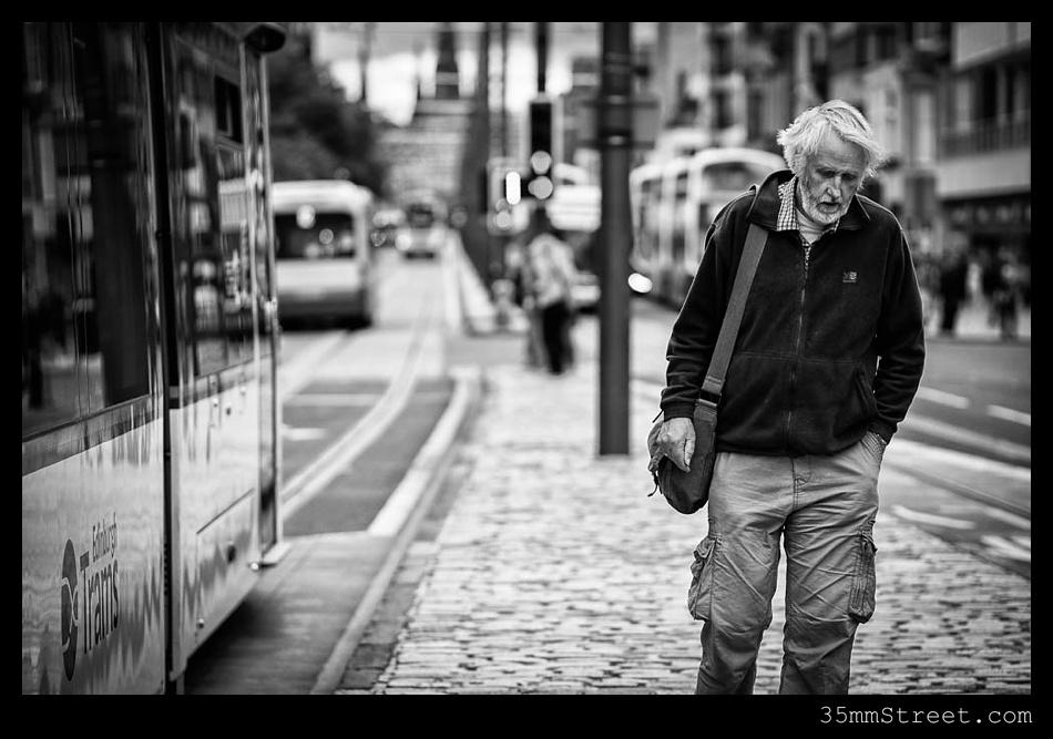 35mmStreet.com.Edinburgh-Festival-Fuji-90mm-19