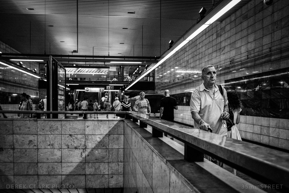 064_35mmStreet-Prague.jpg