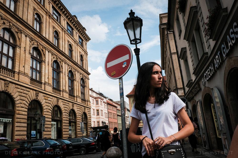083_35mmStreet-Prague.jpg