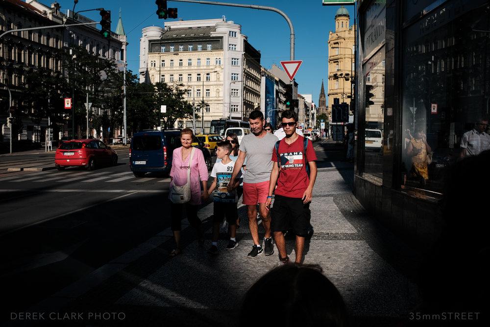 113_35mmStreet-Prague.jpg
