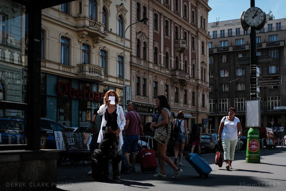 155_35mmStreet-Prague.jpg