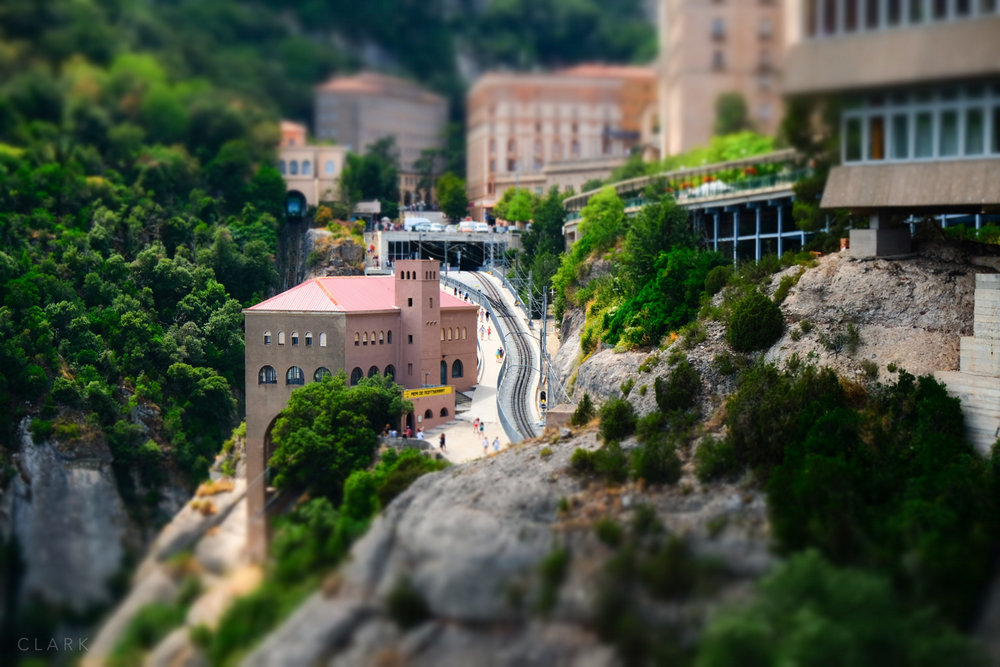 019_DerekClarkPhoto-Montserrat.jpg