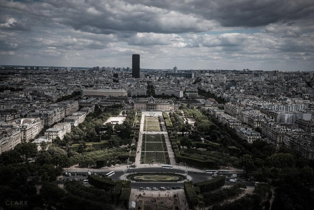 012_DerekClarkPhoto-Paris.jpg