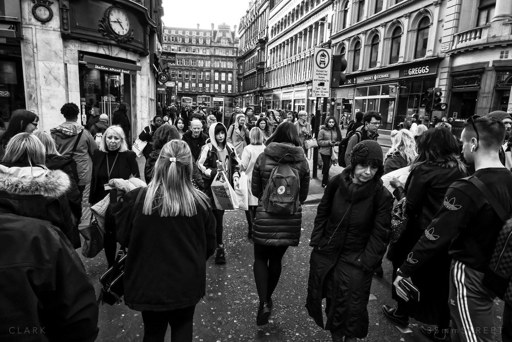 082_35mmStreet-Glasgow-28.03.19.jpg