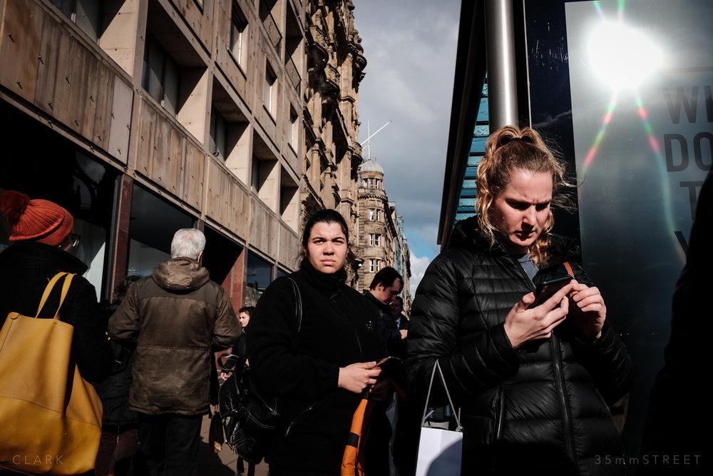 025_35mmStreet-Edinburgh-Street-Photography-20190404.jpg