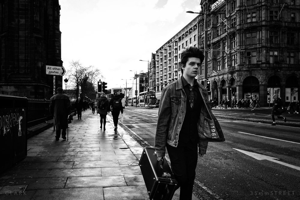 011_35mmStreet-Edinburgh-Street-Photography-20190404.jpg