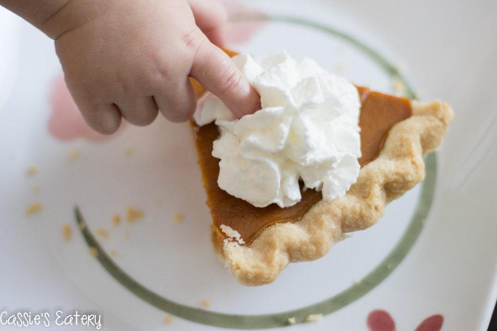 Pumpkin pie - whip cream - pumpkin (1 of 1).jpg