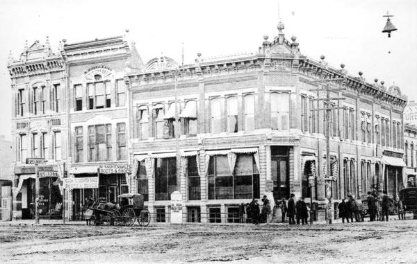 Douglas 1888.jpg