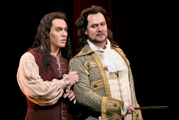 Schrott as Leporello (left) and Ildar Abdrazakov as Don Giovanni , right (photo from the Met Opera of New York).