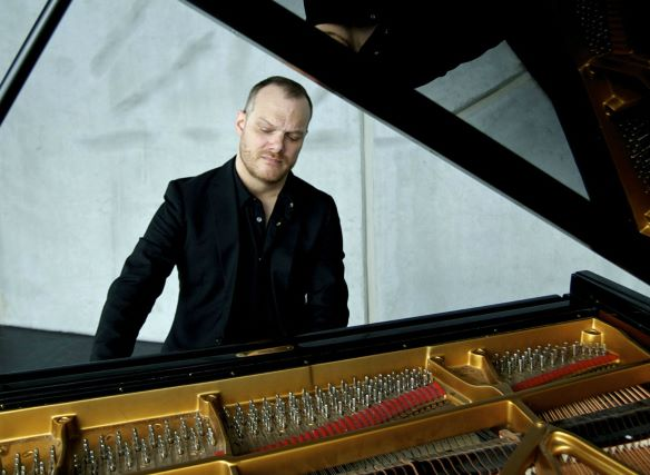 Lars Vogt, German pianist.