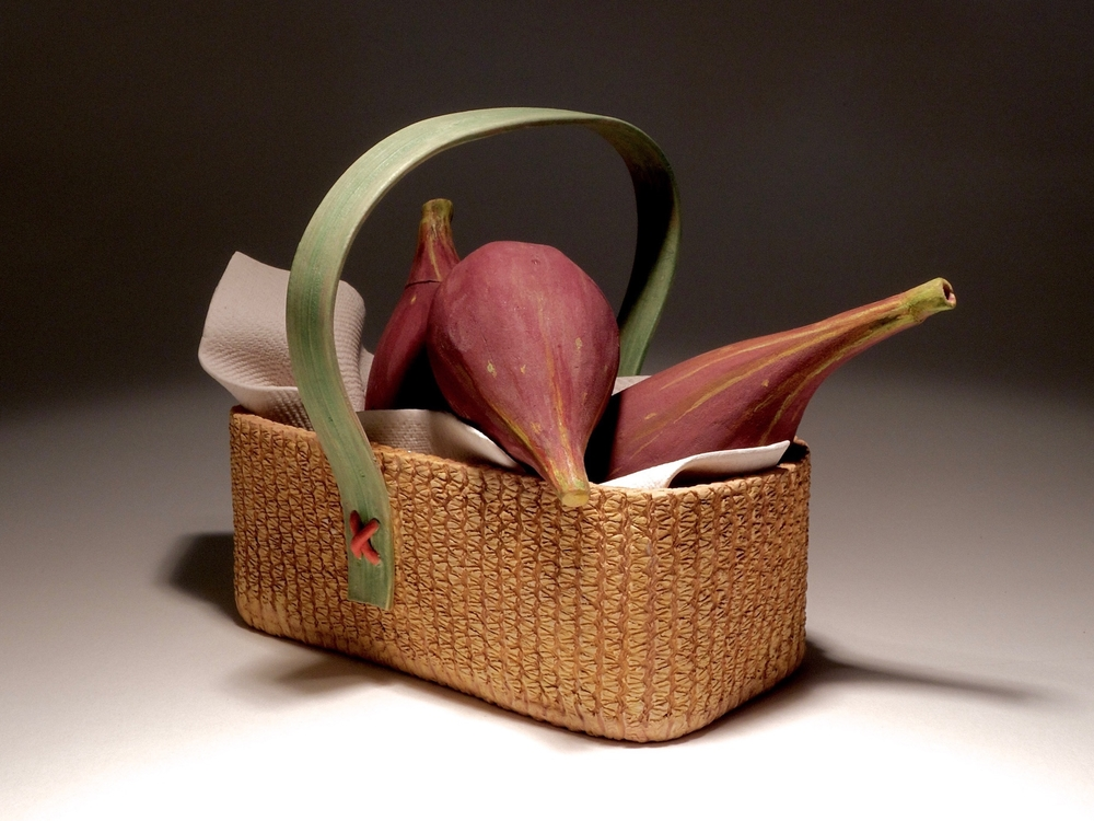 FIGS IN A BASKET