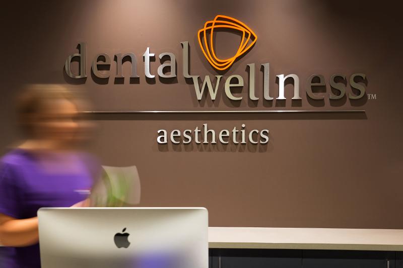 DesignKind_DentalWellness_800_Reception.jpg