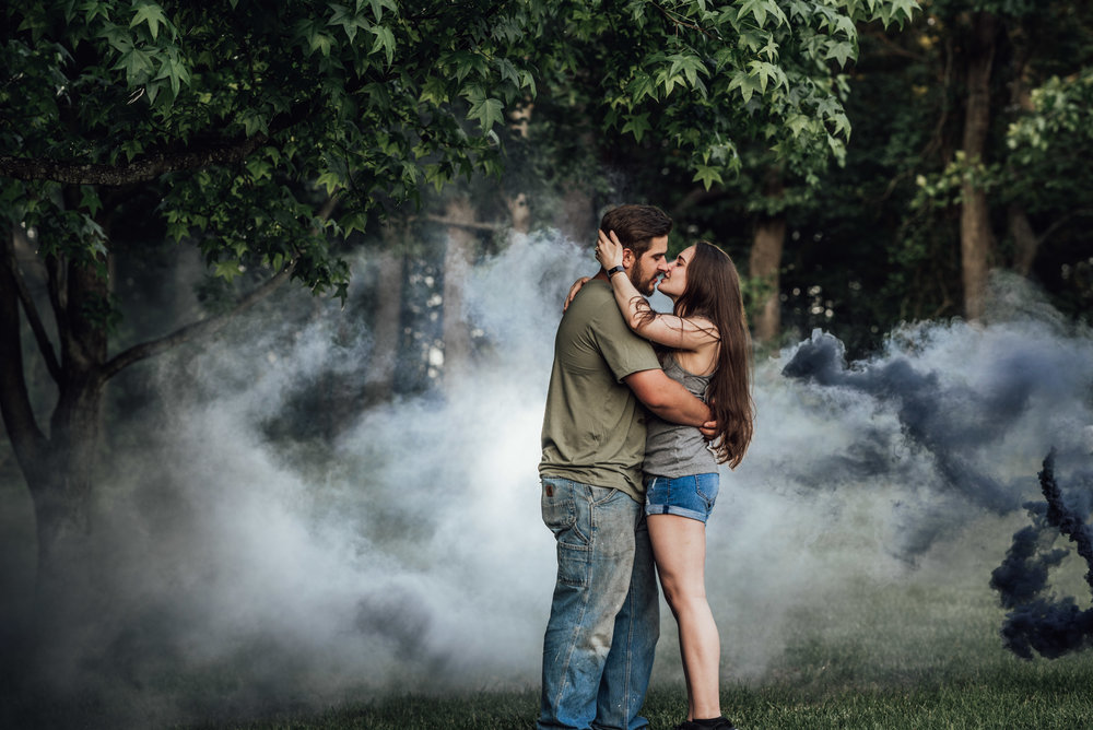 Smoke bomb - 10.jpg