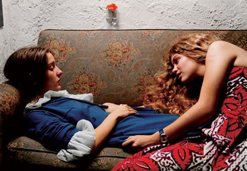 eggleston_2_girls_on_couch.jpg