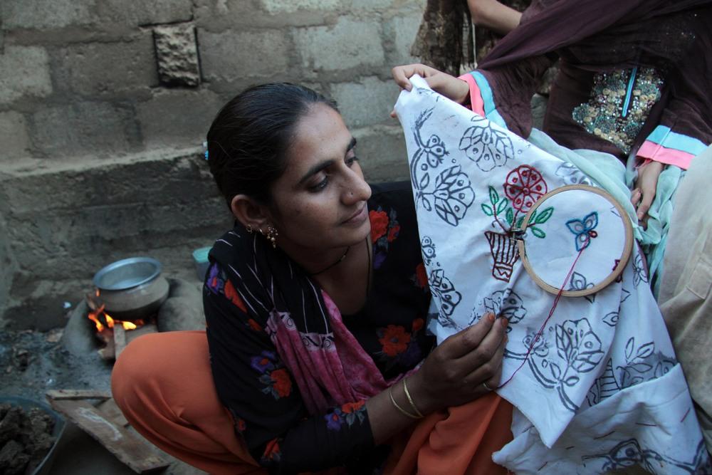 floodcamp-embroidery_franco_low.jpg