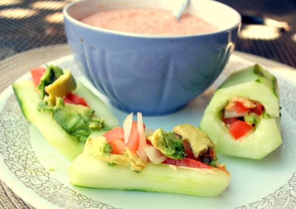 Nutrition_MeatlessMonday_Raw_Food_Cucumber_Sandwich_Gaspacho-TheWiseLatinaClub-NatalieFierro