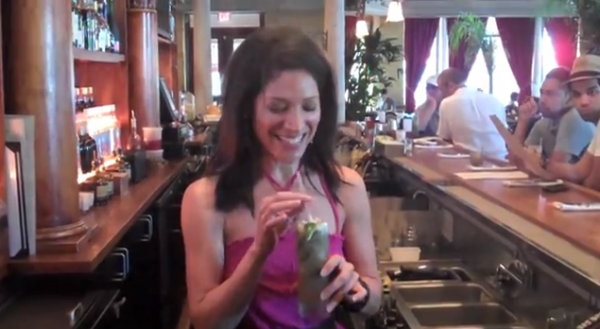 The_High_Heeled_Kitchen_Viviana_Hurtado_Mojito_Video_Recipe-TheWiseLatinaClub