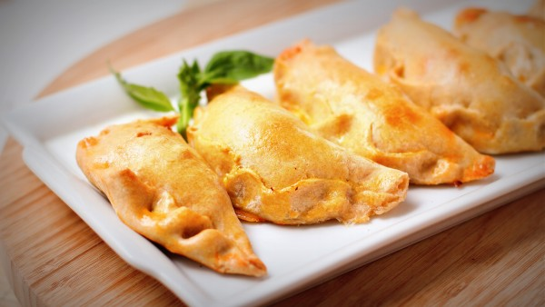 Meatless_Monday_Vegetarian_Appetizers_Vegetable_Empanadas-TheWiseLatinaClub-NatalieFierro