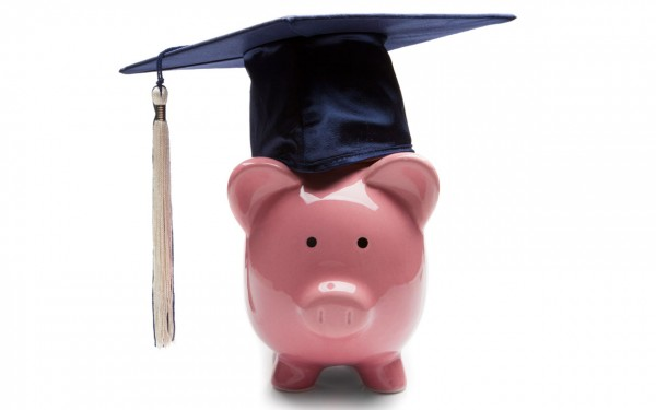Education_Wednesday-Resolving_Student_Loan_Debt-TheWiseLatinaClub