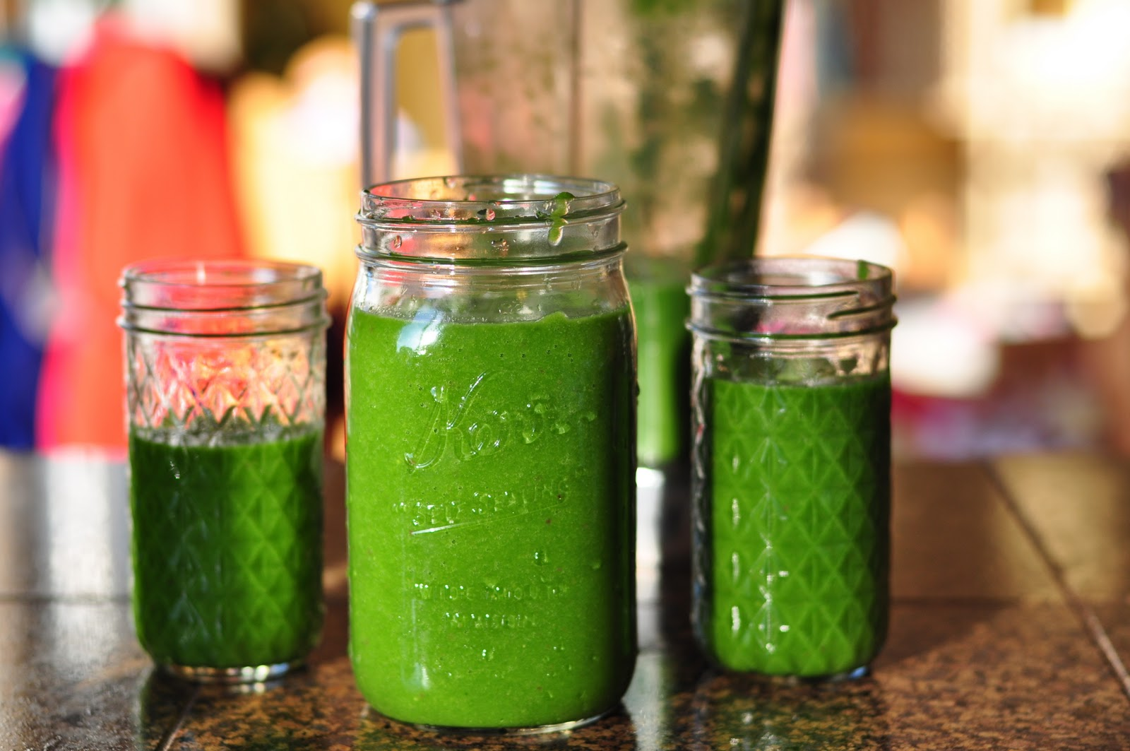 Green_smoothies-TheWiseLatinaClub