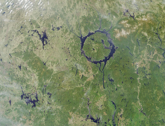 Lac Manicouagan as seen by NASA's Terra satellite in 2001.   I mage credit:   NASA/GSFC/LaRC/JPL,MISR Team
