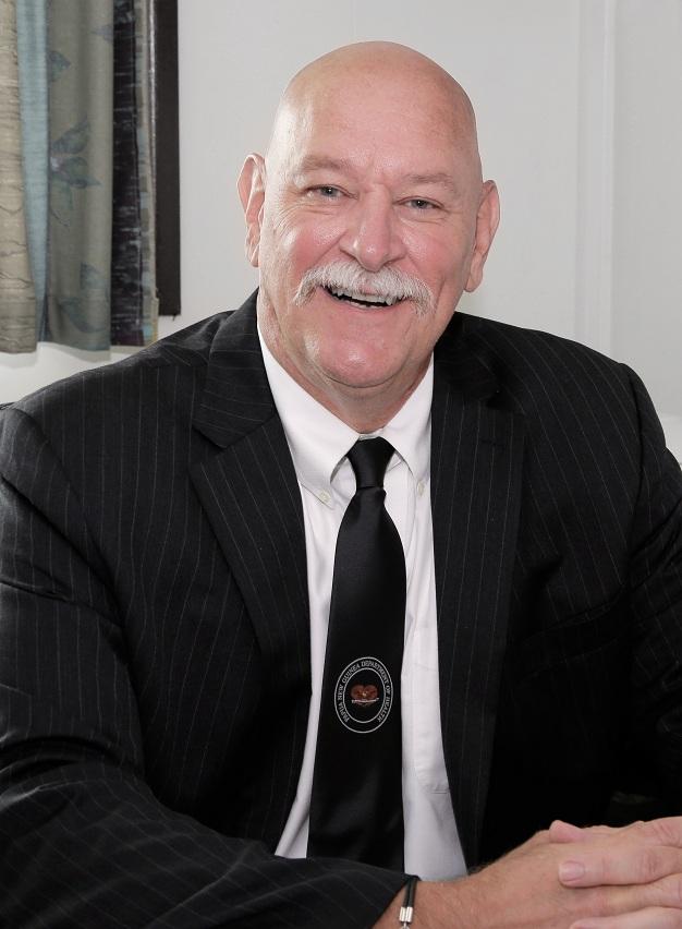 Chief Executive Officer  Dr Chris Kenyhercz