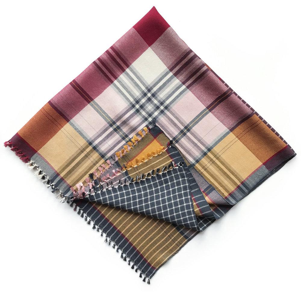 c03+square+scarf+02(2)_WEB.jpg