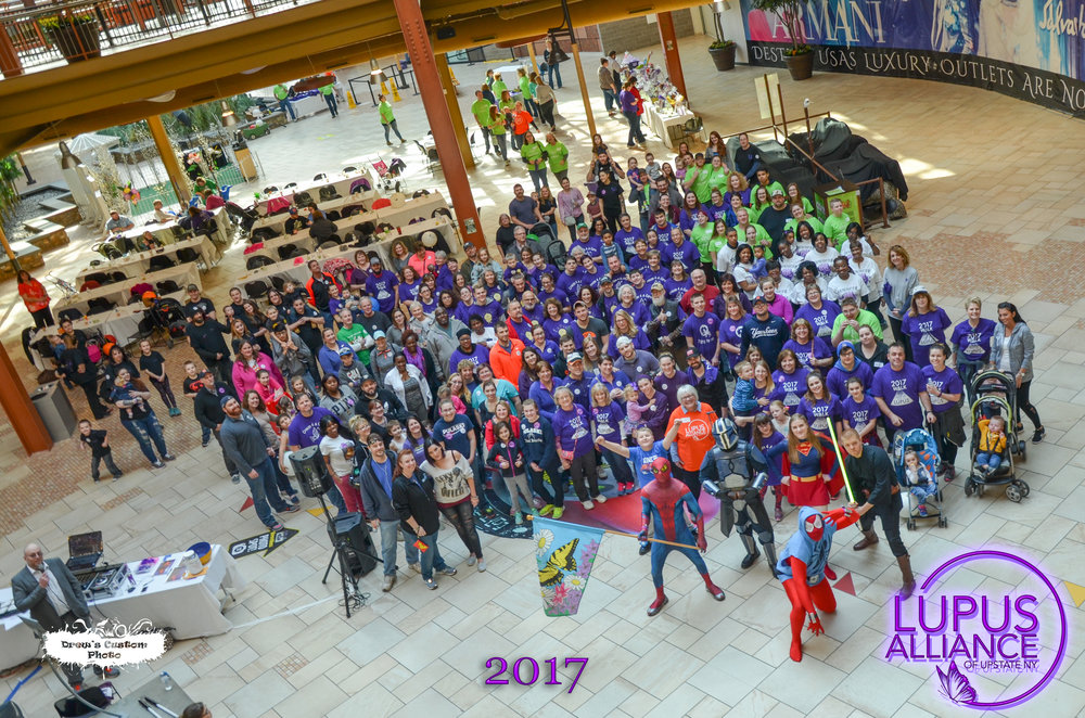 2017 Lupus Walk Group Shot.jpg