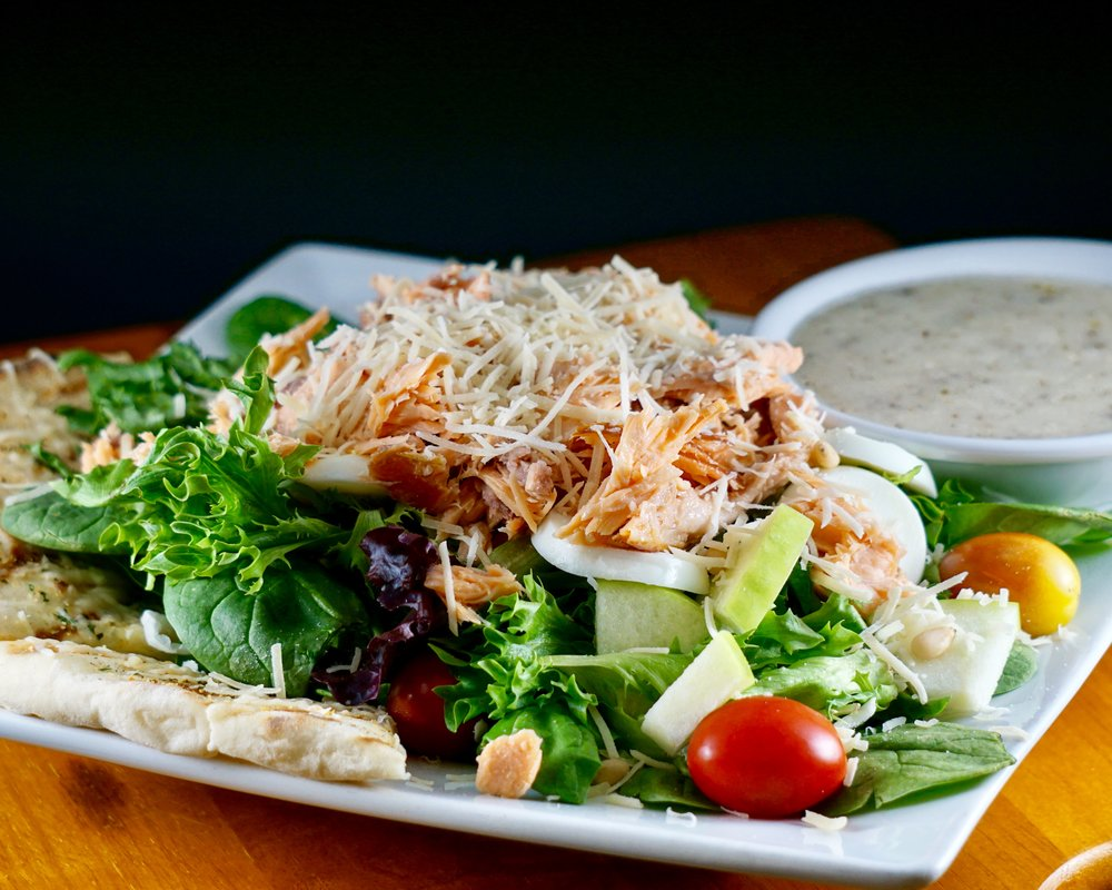 Smoked Salmon Spinach Salad