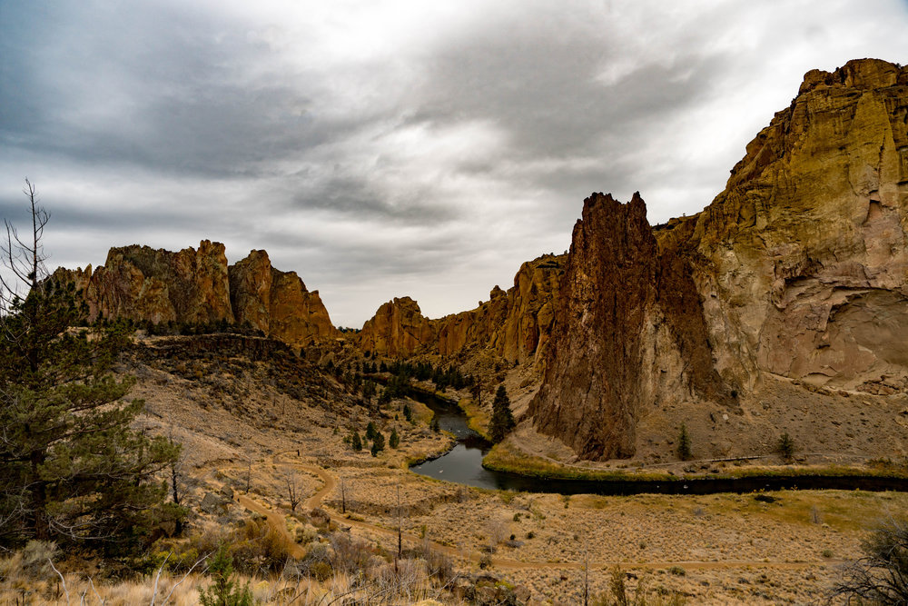 River along Smith Rock