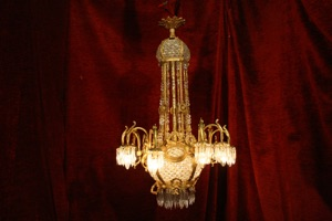 Renaissance Antique Dublin Ireland ORNATE BRASS LARGE CHANDELIER