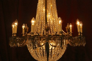 Renaissance Antique Dublin Ireland LARGE FINE QUALITY BRASS CHANDELIER
