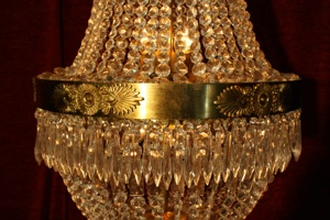 Renaissance Antique Dublin Ireland NICE QUALITY STRINGED CRYSTALS CHANDELIER