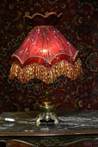 Renaissance Antique Dublin Ireland BRASS TABLE LAMP