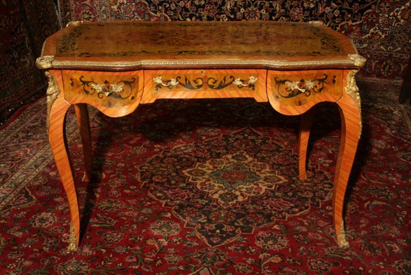 Renaissance Antiques Dublin Ireland INLAID FRENCH STYLE LADYS DRESSING TABLE