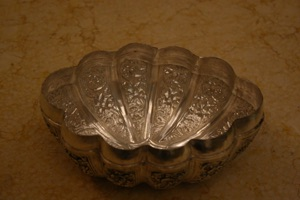 Renaissance Antique Dublin Ireland Sliver plated Jewelry box handmade in Cambodia