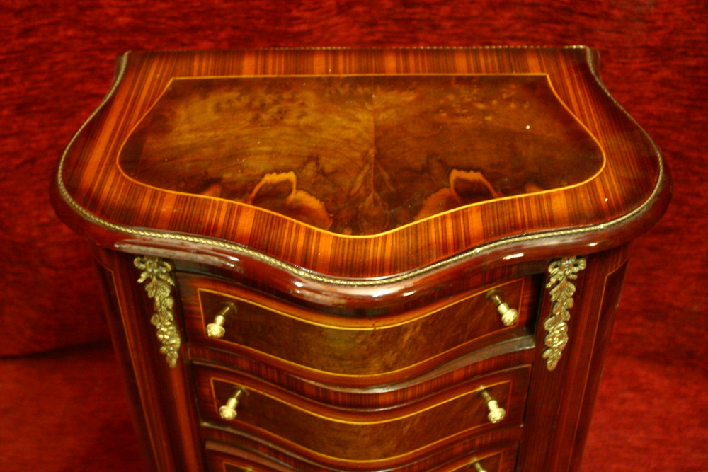 Renaissance Antique Dublin Ireland FOUR DRAWER CHEST WITH BANDED INLAY