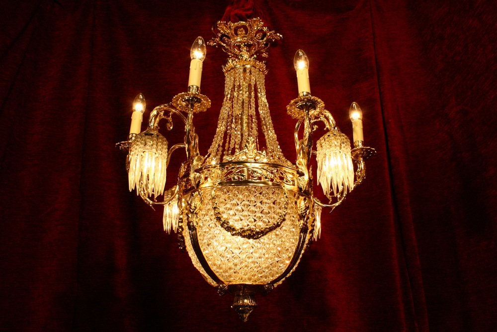 Renaissance Antique Dublin Ireland Gold plated chandelier