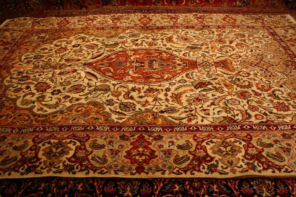 Renaissance Antique Dublin Ireland Hand knotted Vidjar Persian wool carpet