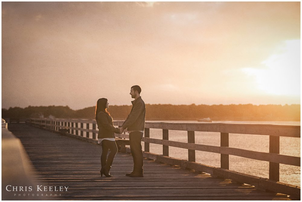 kittery-maine-fort-foster-engagement-photography-session-wedding-photographer-chris-keeley07.jpg