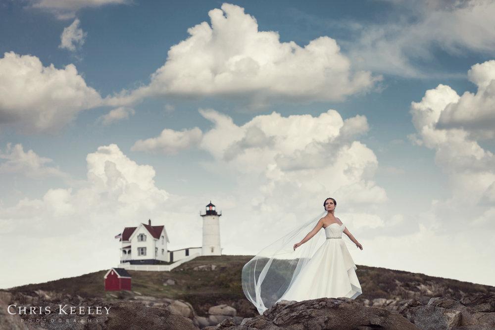 york-cape-neddick-nubble-light-maine-bride-wedding-chris-keeley-photography-01.jpg