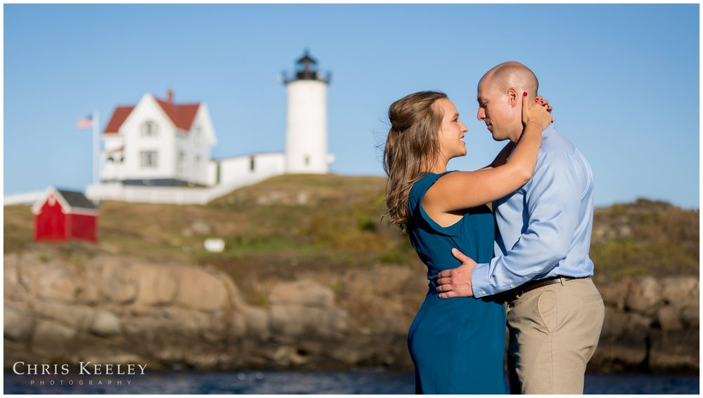 york-cape-neddick-nubble-light-maine-engagement-session-wedding-chris-keeley-photography-01.jpg