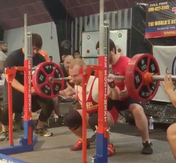 I love squats. Squats are my favorite. And ice cream. Best meet to date: 496 kilos/1091 lbs, 392 Wilks in the 67.5 kilo class.