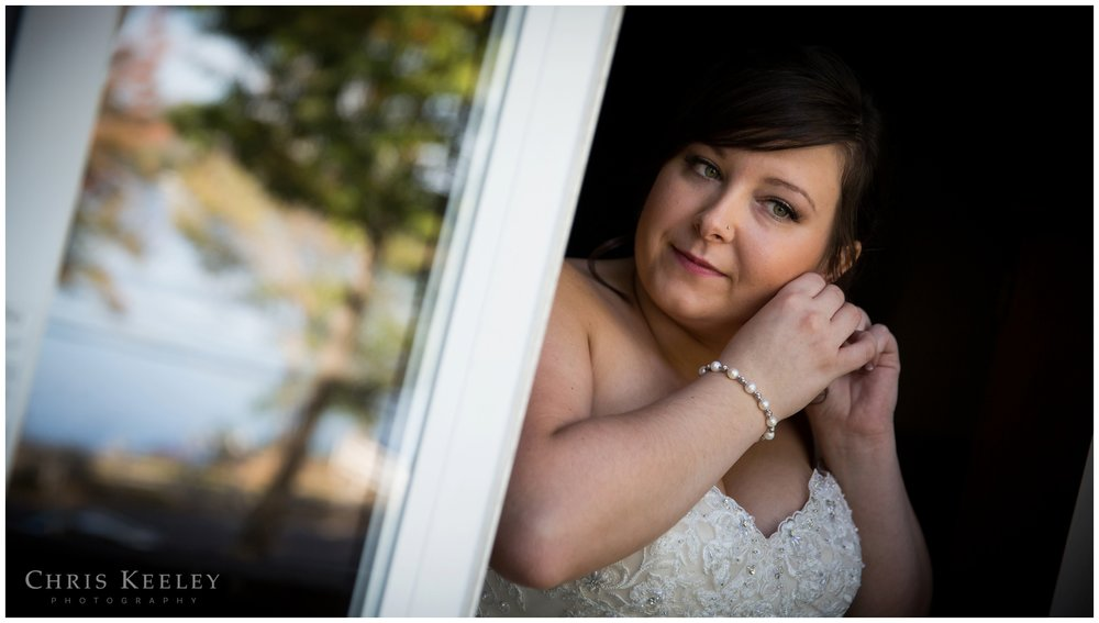 11-moody-mountain-new-hampshire-wedding-photographer-chris-keeley-photography.jpg