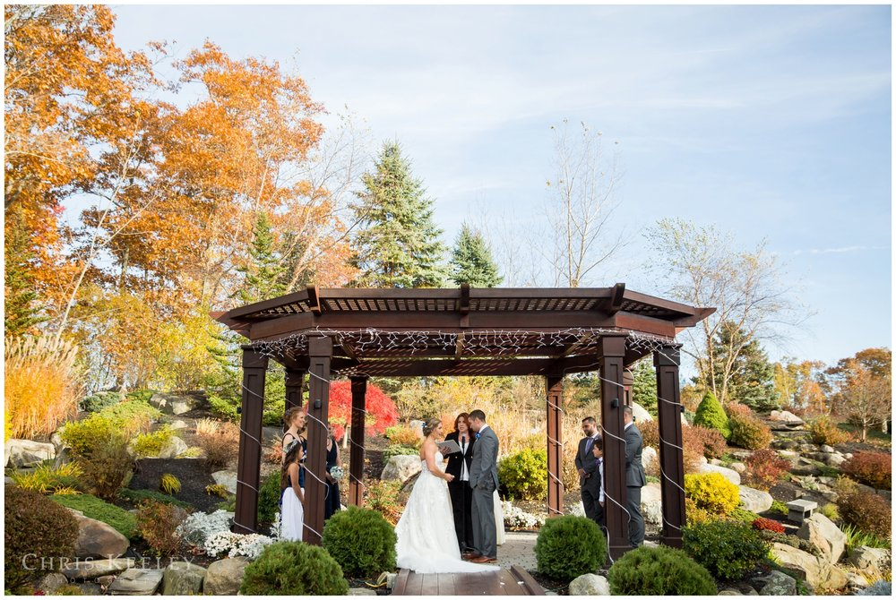 atkinson-country-club-fall-wedding-photography.jpg