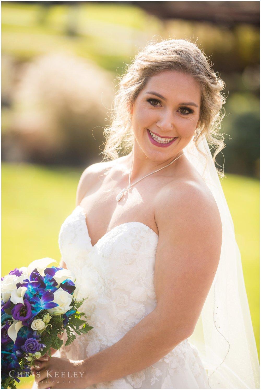 atkinson-country-club-bride-portrait.jpg